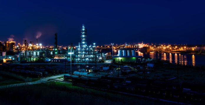Saudi Aramco will pay dividends from cash and debt